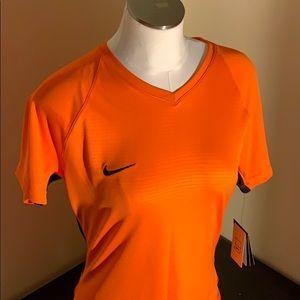NWT Nike Women's Soccer Top